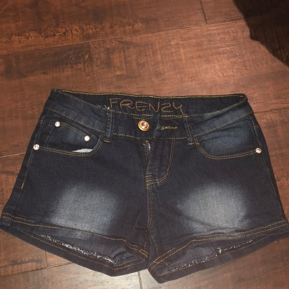 Frenzy Pants - Frenzy shorts juniors size 3